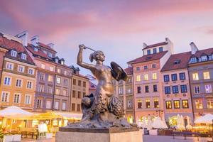 sculpture de la sirène de Varsovie photo