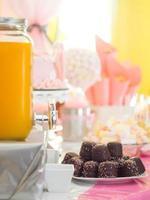 gâteries d'anniversaire avec décor photo