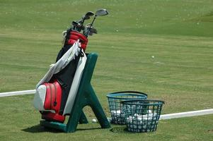 sac de golf et clubs