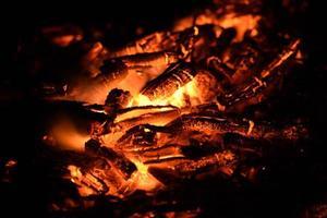 braise de feu brûlant