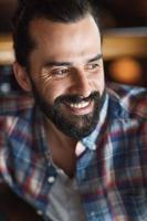 heureux, jeune homme, à, barbe, et, moustache photo