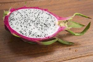 fruit du dragon pitahaya pitaya concept thaïlandais sain tropical photo