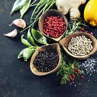 sélection d'herbes et d'épices