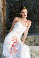 mariée peinture rouge photo