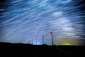 éolienne avec essais en étoile photo