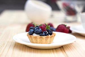 dessert de baies fraîches photo