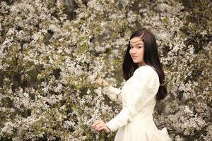 robe de mariée mariée en arbre vintage forest photo