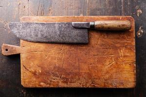planche à découper et couperet à viande photo