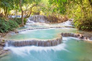 Cascade de Kuang Si, Luang Prabang, Laos photo