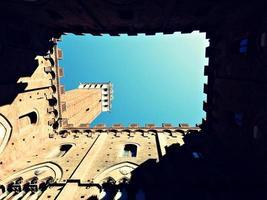Coutyard du Palazzo Publico à Sienne