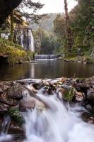 Ruisseau au château de Lousa au Portugal photo