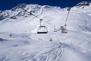 les montagnes des alpes photo