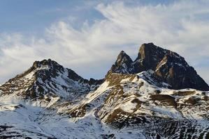 montagne enneigees photo