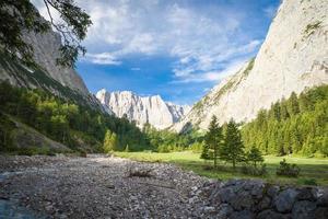 sommets dans les montagnes karwendel photo