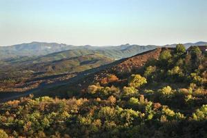 montagnes près de sighnaghi. kakheti. Géorgie photo