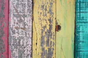 panneaux de bois colorés grunge comme arrière-plan.