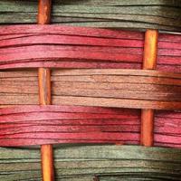 panneau de clôture en osier en bois tissé pour l'artisanat à la main photo
