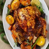 poulet au four pour le dîner de Noël photo