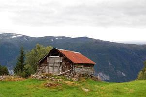 maison sur la colline photo