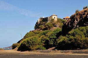 maison sur une falaise photo