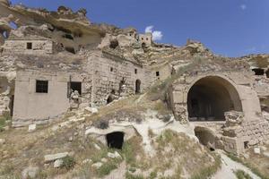 Vieille maison de Cavusin en Cappadoce, Turquie photo