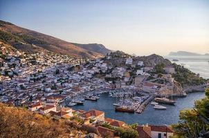 Le village pittoresque de l'île d'Hydra, Grèce