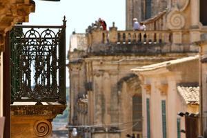 balcon à noto, sicile photo