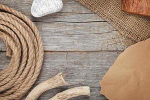 corde de navire sur fond de texture en bois ancien