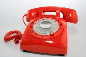 Téléphone à cadran rotatif à l'ancienne rétro fermé photo