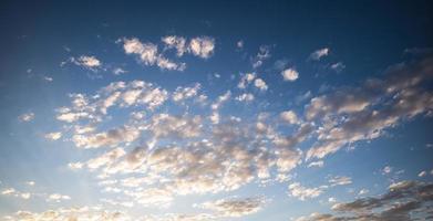 ciel au lever du soleil