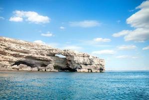 mer, ciel et rochers photo
