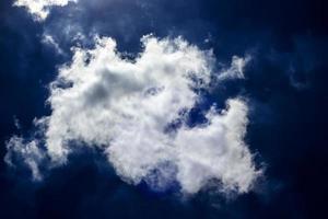 nuages dans le ciel photo