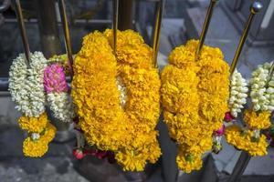 guirlandes de fleurs photo