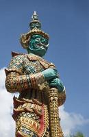 statue géante