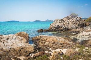 mer plage ciel bleu sable soleil lumière du jour