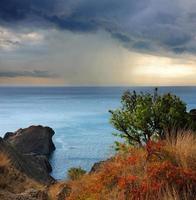 pluie sur cap meganom, mer Noire, crimée