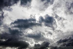 Nuages de pluie photo