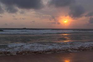 coucher de soleil au sri lanka photo