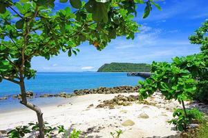 coin paisible sur la plage de koh phangan photo