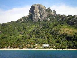 belle station balnéaire aux Fidji photo