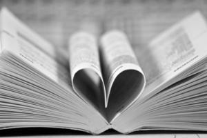 coeur en forme de livre