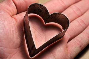 bakeware coeur dans le bras.
