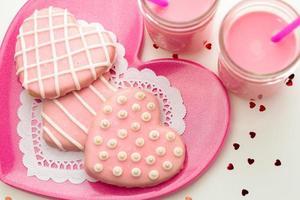 biscuits décorés de la Saint-Valentin photo