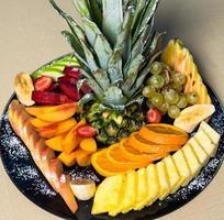 fruits mélangés en tranches