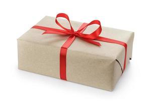 boîte de colis cadeau avec noeud en ruban photo