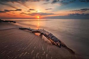 lever du soleil sur la mer