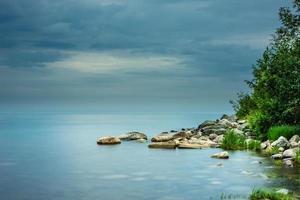 rivage rocheux, longue séance d'obturation photo