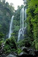 Cascades de Sekumpul à Bali, Indonésie photo
