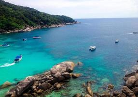 Point de vue sur l'île de Similan, mer d'Andaman, Thaïlande