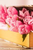 tulipes dans le livre